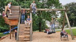 Jugendwerkstatt in Treyvaux: Junge Menschen befragen sich und packen an