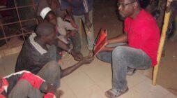 Ein burkinischer Volontär erzählt von ATD in Burkina Faso